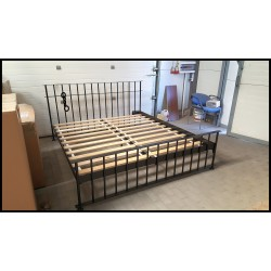 Jail bed 180x200 with low front with blind