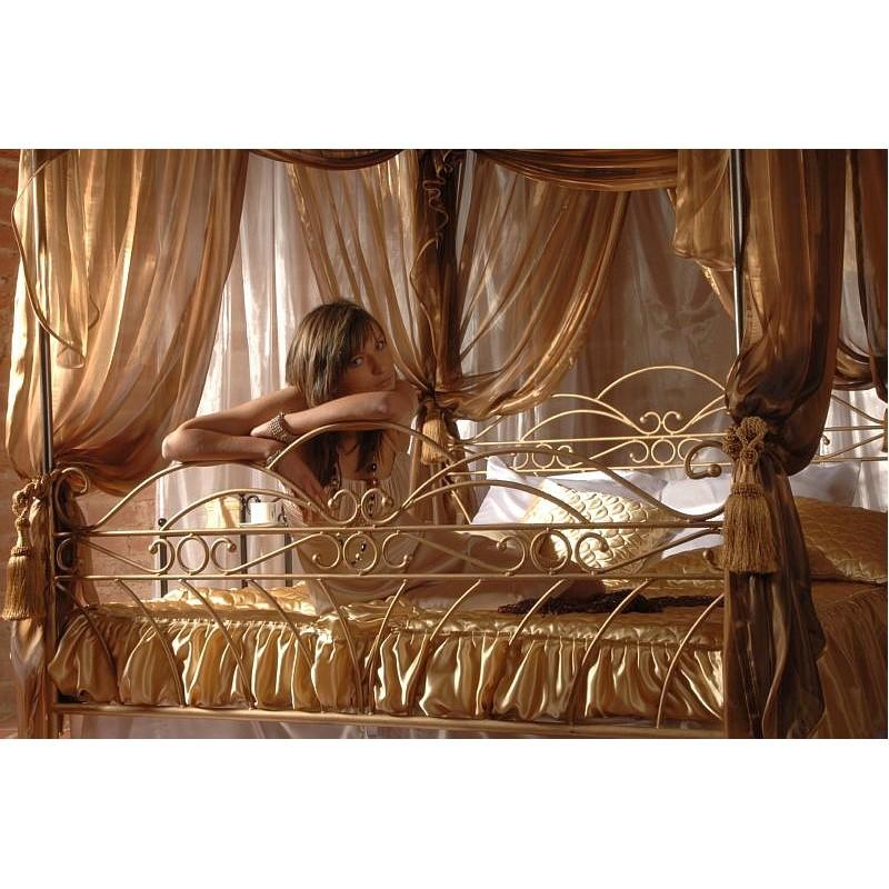 himmelbett wiking 140x200. Black Bedroom Furniture Sets. Home Design Ideas